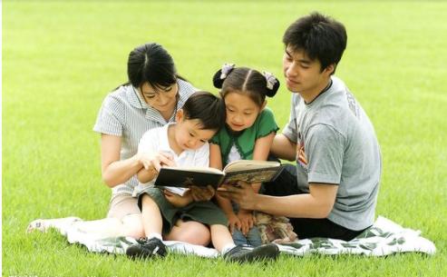 齐心协力全面升级家庭教育